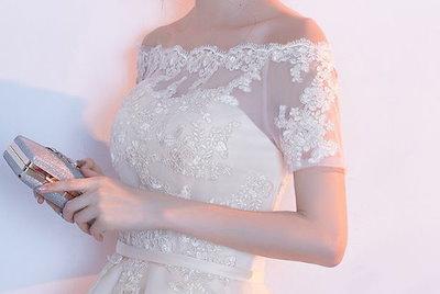 オフショルダー レイヤースカート シースルー 肩出し パールホワイトフィッシュテールスカート レース 花柄刺繍 綺麗 おしゃれ 可愛い 上品 清楚 デート 結婚式 二次会 お呼ばれ 女子会 記念日