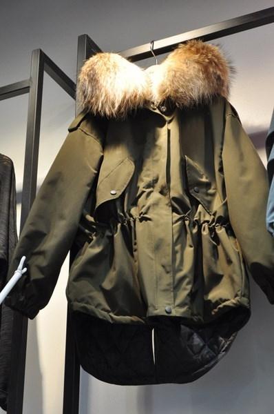 女性のパーカーカジュアルアウトウェアフード付きコートファーコートマンタウFemme女性服sc161121-96