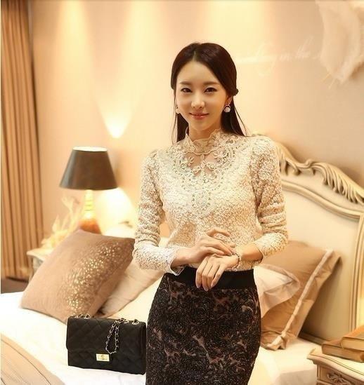 女性のかぎ針編みのブラウスレースシフォンシャツ