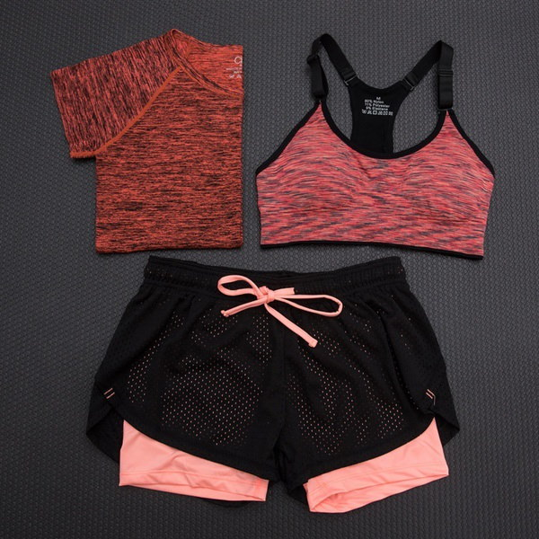 ホット良い品質のセールワークアウトの服スポーツのスーツは、細いとクイックジョギングのヨガの服だったスリーパイ