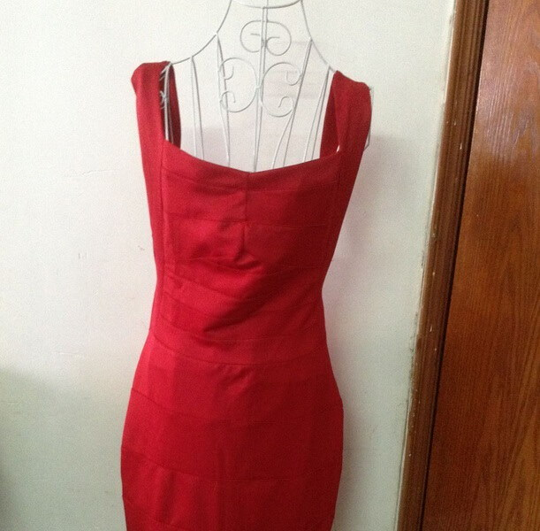 ヨーロッパとアメリカのセクシーな包帯ドレス包帯ドレス包帯タイトな体の彫刻パッケージヒップドレス