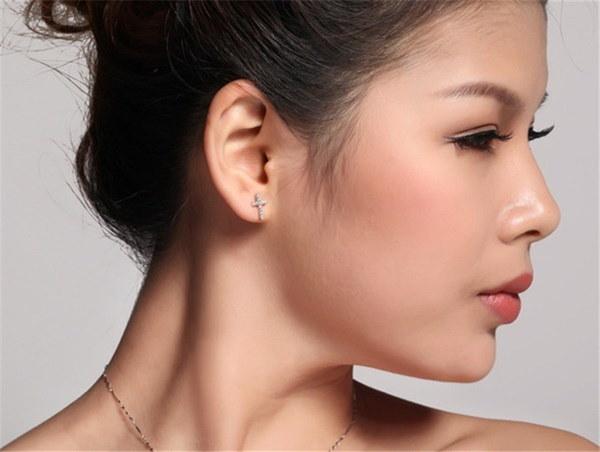1ペア女性925シルバーマイクロ象眼細工ジルコンかわいいミニクロスシェイプ性イヤスタッドイヤリングFa