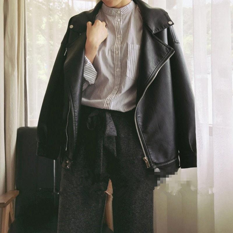 韓国ファション ライダースジャケット フェイクレザーバイカーブルゾン レザージャケット 革ジャン バイクジャケット パーカー  ショートジャケット  レディース  アウター  レザージャンパー
