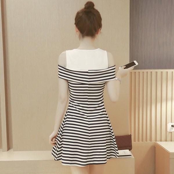 ファッション女性のドレス