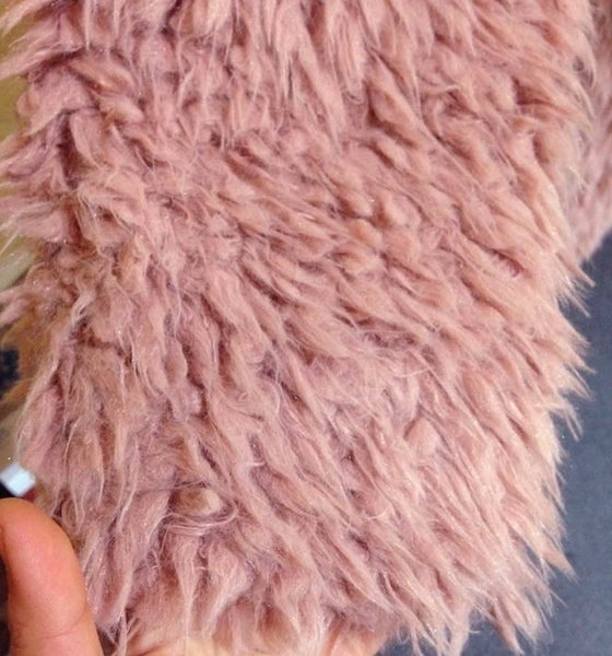 冬の優雅な女性の毛皮のコートファッション女性の女性のための特別な長袖オーバーコートジャケット