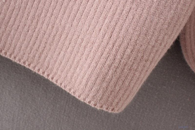 全5COLOR  花刺繡入り タートルネックニット レディースニット 長袖トップス   ボリュームスリーブ    オフホワイト、グレー、ブラック、ピンク、チョコ色