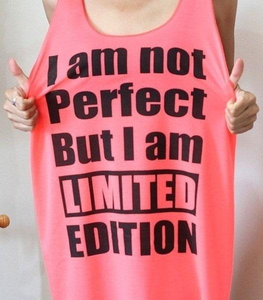 夏ファッションカジュアルピンクレタープリントノースリーブピンクトップセクシーロングタンクトップ