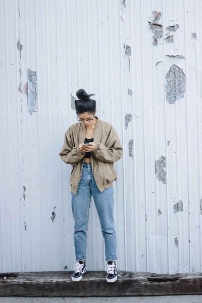 プラスサイズの秋の女性スタイリッシュなパーカースーツジッパージャケット+ロングパンツの服コントラストカラー汗