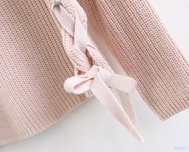 秋冬新品 裾リボンストラップ結び ラウンドネックゆるニット 着やせ ゆったり感 大人 上品