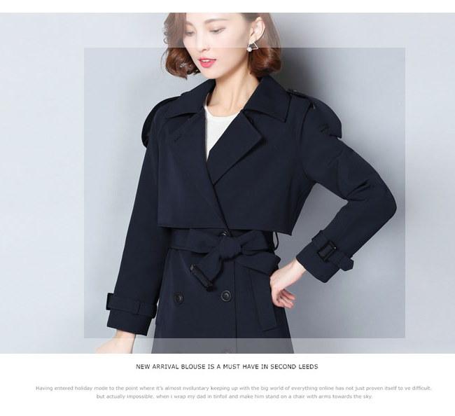 秋冬レディースファションブリティッシュ風 トレンチコートアウター 美しいライン 女性の装いで重要な「オシャレ感」と「きっちり感」この二つのポイントを兼ね備えてトレンドの先端を走る。トレンチコート