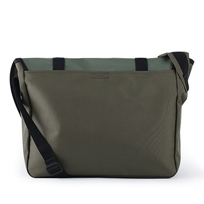 【BUBILIAN] Simple Messeger Bag メッセンジャーバッグ / 韓国の街ブランド/韓国と日本のベストセラーリュックサック/ベーシックリュックサック/旅行鞄 / Khaki