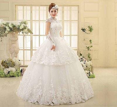 半袖 ウェディングドレス 水晶 刺繍 花嫁 礼服 キラキラ レース 編み上げ イブニングドレス XCQD45