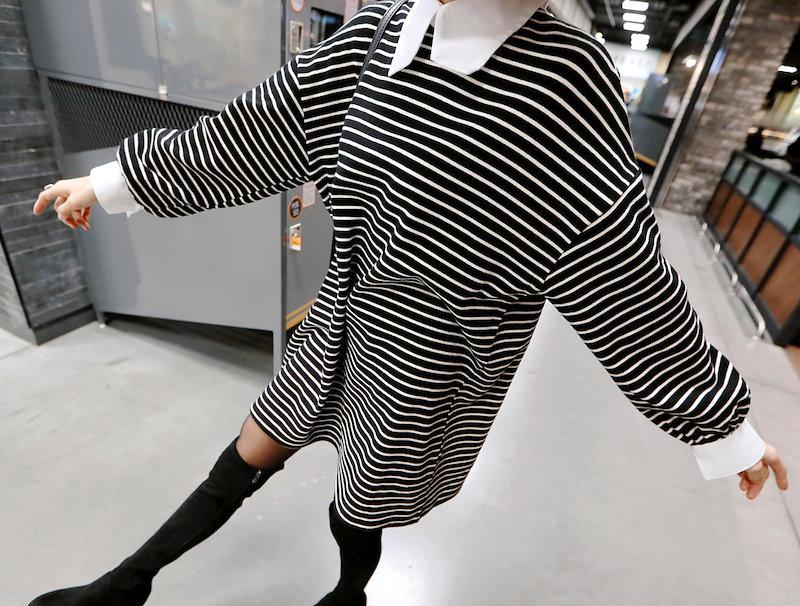 キング・カラー・ストライプワンピース-This is one-piece having wide form and comfortable wearing feeling