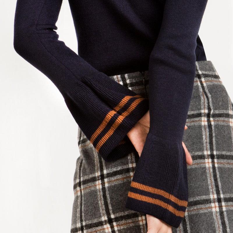 バー間の単純なホーンカラーのハーフスリーブのセーターのセルフカラー