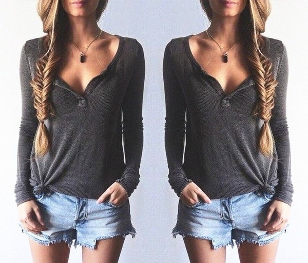 Women Fashion Low-cut Button Sweater V-Neck Long-Sleeved Sexy T-Shirts High Quality Tops