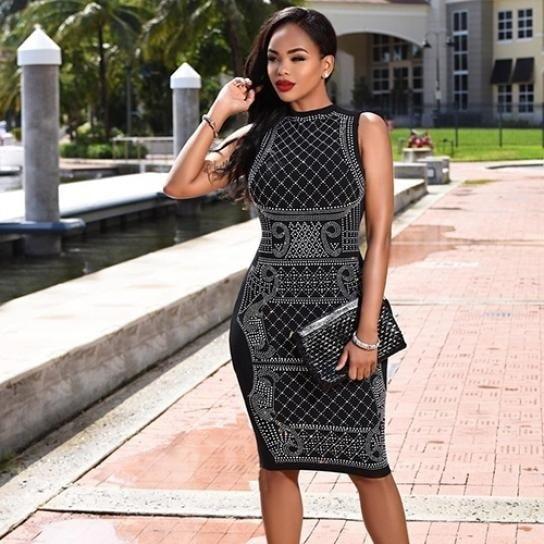 新しいデザインのレディース夏のセクシーな修正ラインストーンパターンのナイトクラブの着用Bodyconシースのドレス