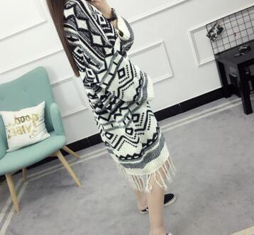 【送料無料】【即納】裾フリンジ 可愛い オルテガ柄 ニット カーディガン 羽織り アウター