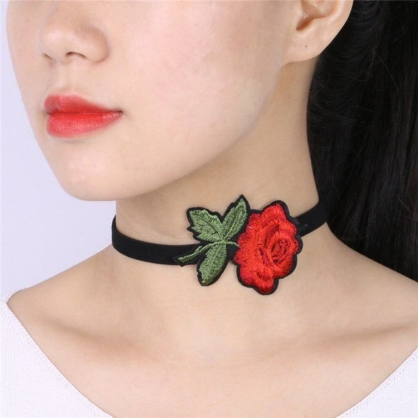 New Fashion Women Embroidery Lace Velvet Choker Gothic Pendant Necklace Jewelry