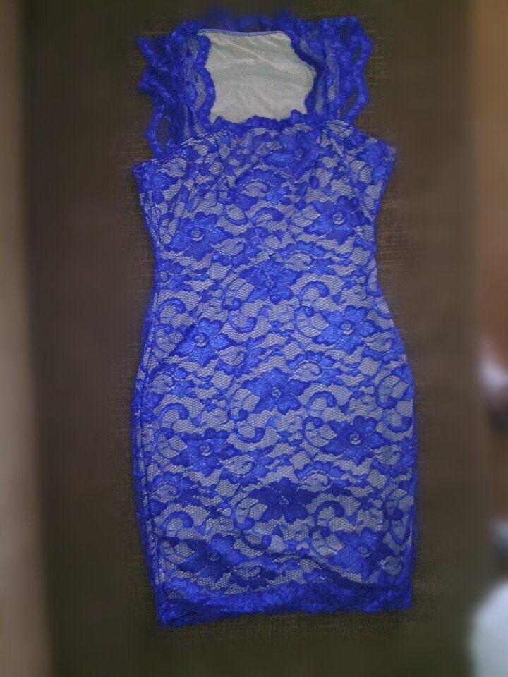 2015新しい女性のサマードレスセクシーなレースの刺繍ボディコンの鉛筆のドレスファッションのイブニングパーティードレス