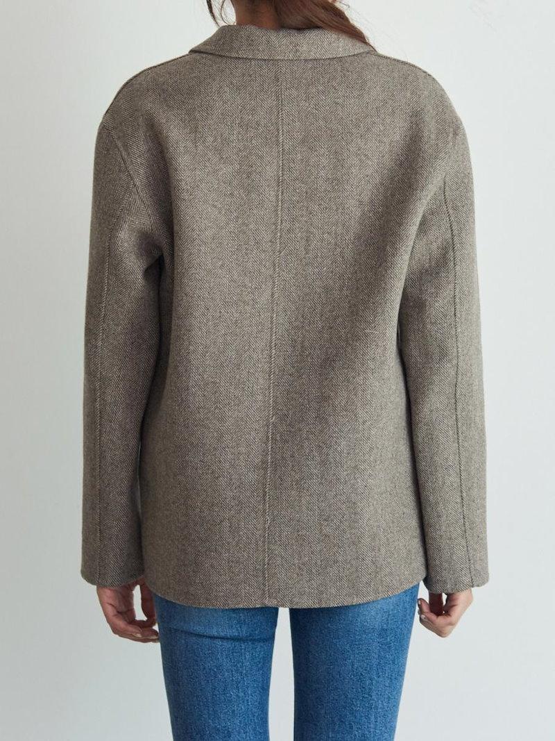 【送料無料】テーラードジャケットはカジュアルにもフォーマルにも着られ、幅広く対応できる定番ジャケットはひとつは持っておきたいアイテム。テーラードジャケット 冬 秋 オーバーサイズ 大きいサイズ シンプ