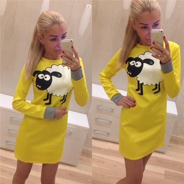 秋と冬の新しいファッション女性の長袖のO  - ネックのスウェットドレスの女性は、羊のCartooを編む
