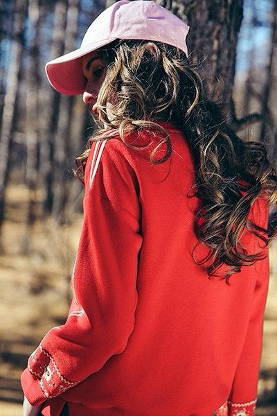 花柄 刺繍 ワッペン トレーナー レディース サイドライン スウェット  ワッペン ロゴ 長袖 ボタニカル  袖刺繍 花柄刺繍 春 トップス