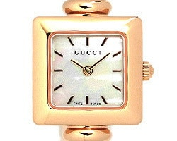 グッチ 時計 レディース GUCCI 1900シリーズ バングルウォッチ ホワイトシェル/ピンクゴールド