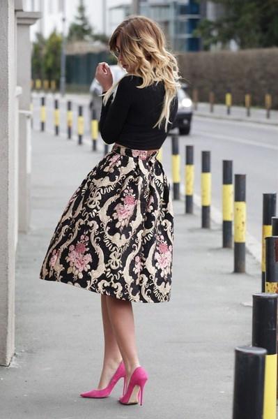 セクシーな女性レトロ花ハイウエストプリーツパーティーラインミディスケータースカートドレス