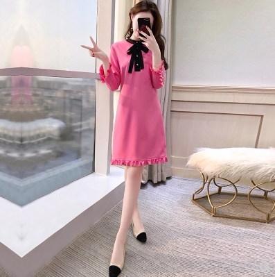 フリル×リボンでCUTEに★ワンピースドレス パールボタン 七分袖 フェミニン キュート お呼ばれコーデ 華やか ピンク