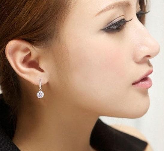 新しいファッション女性のシルバーホワイトDiamante耳スタッズラインストーンイヤリング10mm / 8mm []