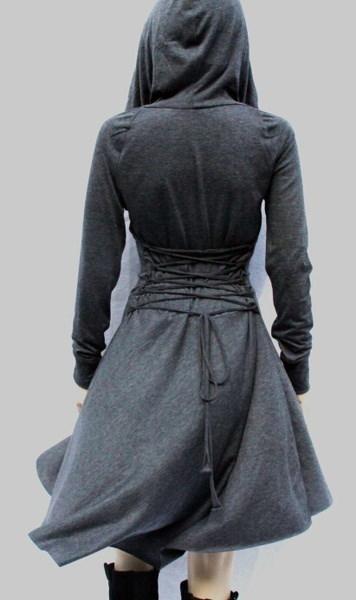 女性の中世のドレスゴシックフード付きレースアップルネッサンスのドレスロングスリーブ女性のコスプレドレスショート