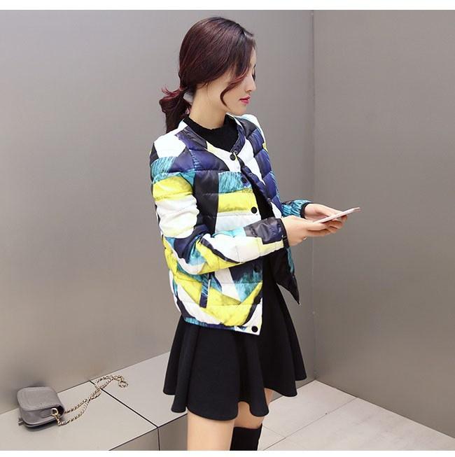 レディース服 女性 大人 冬 ダウンコート ダウンジャケット 丸襟 ショート丈 薄手 プリント 柄模様 ファッション