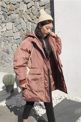 冬/女性服/アウターウェア/韓国風/ルース/大型ポケット/単一色/手厚い/帽子付き/中長デザイン/太もも/コットンコート/コットンコート