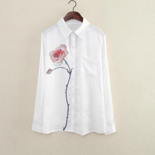 2017新しい夏の女性の袖はフラワーソフトブラウスの襟のシフォンシャツの贈り物をターンダウンローズ