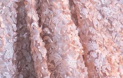 春新作 総レース 花柄 半袖 袖あり Aラインスカート ひざ丈 ミモレ丈 パーティードレス 韓国 結婚式 二次会 お呼ばれ フォーマル ワンピース ワンピドレス パーティドレス