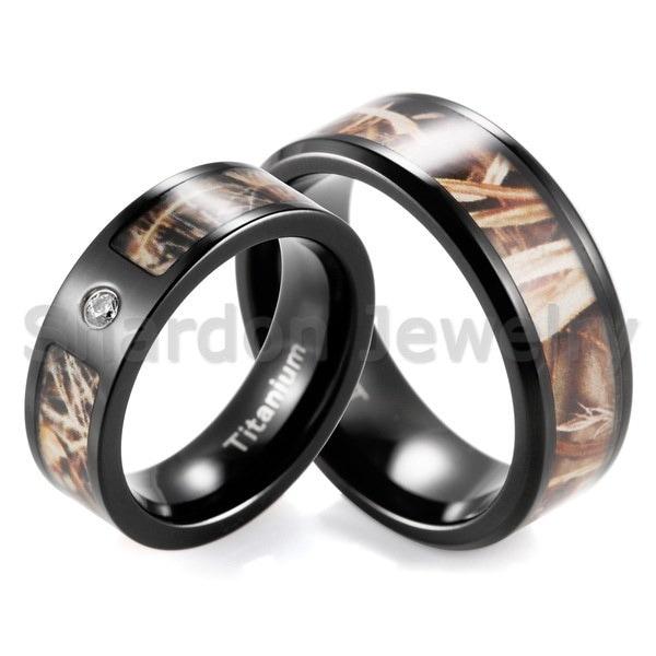 黒のチタンとヒースRealtreeのAPバンドセット婚約指輪婚約指輪(2本)