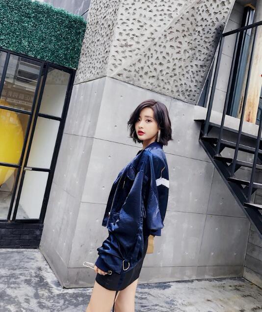 シンプル ロングコートアウター スーツ ゆったり 韓国ファッション  スタイリッシュな デザイン ラシャコート 質の高いモードスタイル