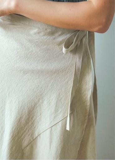 レディース シンプル かわいい 無地 ハイウエスト スカート フリル Aライン 全4色