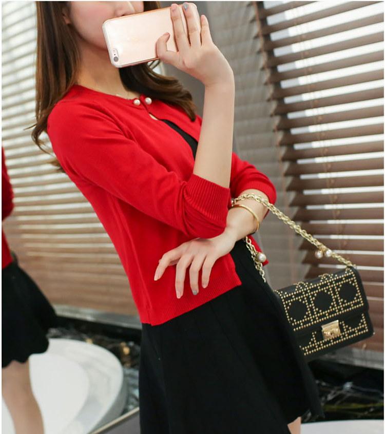 RED-SUGAR 秋には、新しいセーターを着て、コーデの女性が短い長袖の上着の肩掛けを着て、薄手の肩掛け