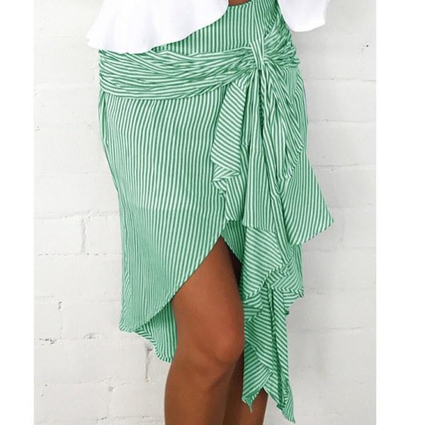 ハイエンド女性のビーチドレスセクシーなストラップシアー花レース刺繍クローシェサマードレス