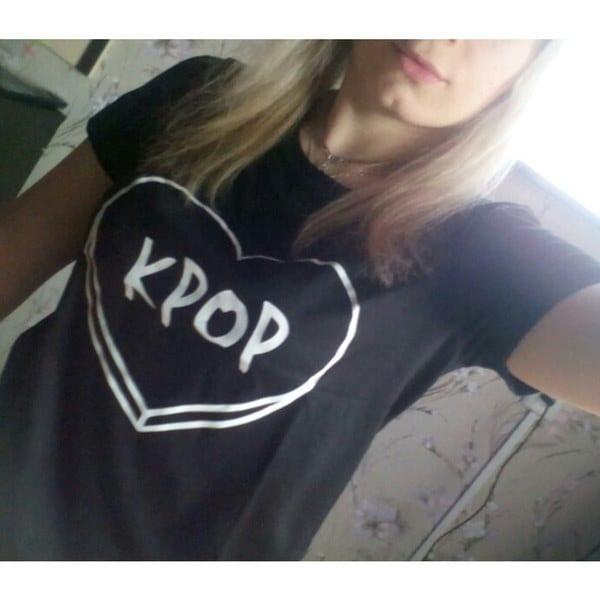 KPOP Women s Karajuku T Shirt O-neck Tops Short Sleeve Tee Plus Size Shirts Black White Gray