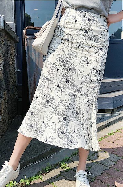ライン 美しく 魅せる フィッシュテール スカート さわやかな 白いスカート 花柄模様 はっきり 美シルエット インパクト ボディーライン ふわっと広がる 裾ライン トレンド感満載 大人っぽく 通勤