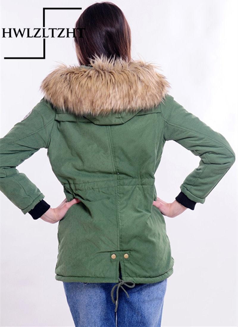 2017冬のダウンジャケットとコートの女性の秋のジャケット新しいダウンパーカープラスサイズのコートレディースパーカーパーカー