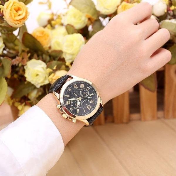 新しい女性のファッションジュネーブローマ数字フェイクレザーアナログクォーツ腕時計腕時計
