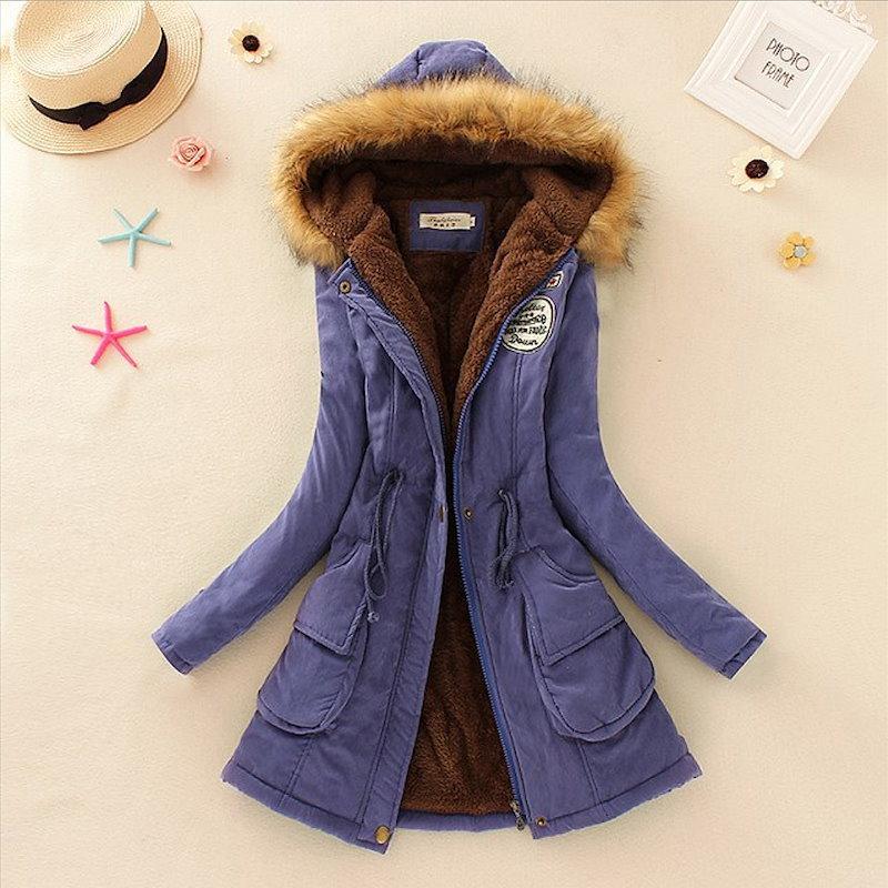 暖かい冬のコートの女性の毛皮の襟コートレディースロングダウンパーカープラスサイズのパーカーパーカークラシックジャケット女性ファッションフリース