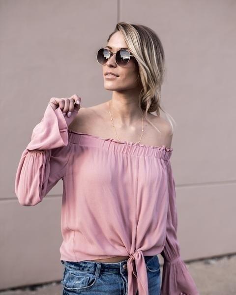 新しい女性の長袖のちょう結びオフショルダートップルーズカジュアルなTシャツブラウス