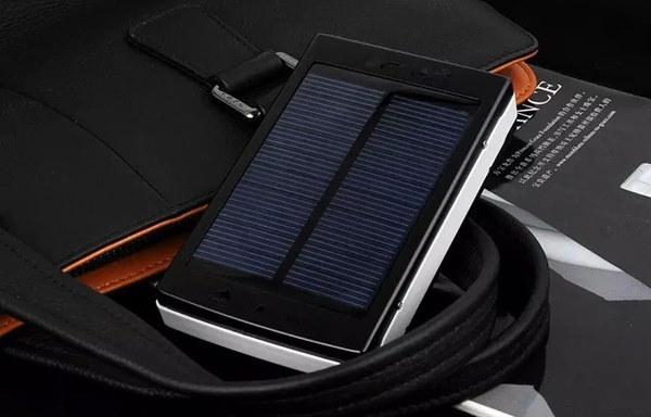 50000mAhソーラーモービルパワーバンクバックアップ太陽電池カラダソーラー充電器
