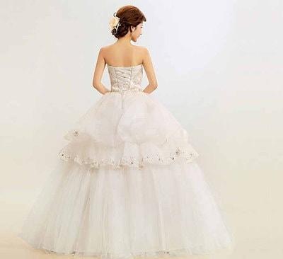 ポンポンドレス ウェディングドレス リボン スイート 花嫁礼服 水晶 ベアトップ バックレス XCMS59