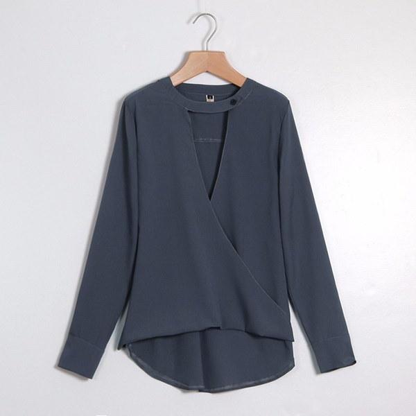 セクシーな夏の女性ロングスリーブディープV吊りネックルーズブラウスシフォンカジュアルシャツ