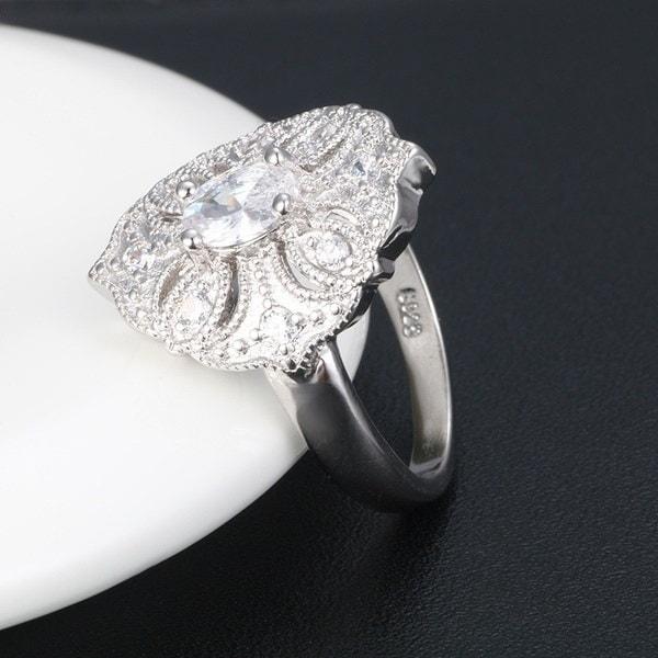 925スターリングシルベスマルチカットカットトップグレードAAA CZダイヤモンドファッションカクテルリング女性のためのラグジュアリー